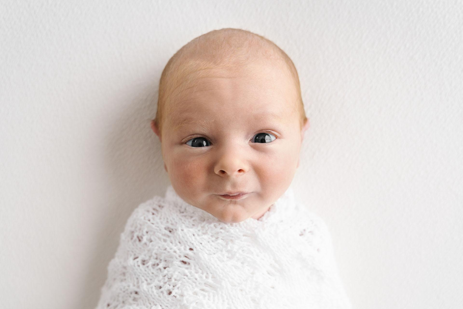 Newborn Photography by Canvas & Peach