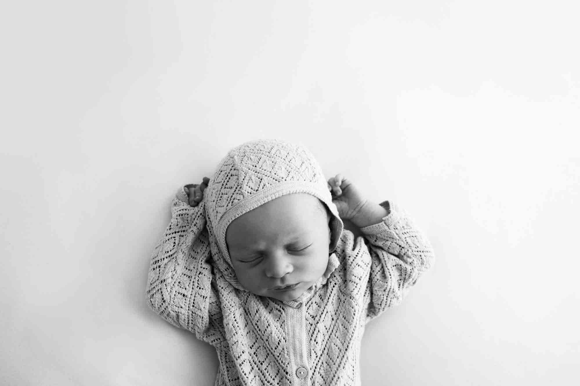 Newborn Photography by Canvas and Peach-8